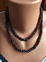 Длинное красивое ожерелье из натурального камня, гранат.