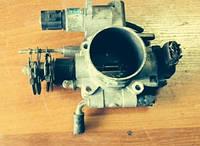 Дроссельная заслонка в сборе / датчики / Клапан холостого хода Subaru Legacy 2.5 A33661R02