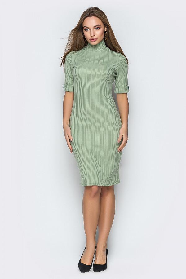 Оливковое платье-гольф с коротким рукавом