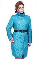 Стильная стегання куртка от производителя в модном цвете