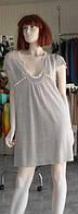 Мини-платье из серого  льна с вязаными деталями Yuka