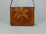 """Маленькая женская сумочка ручной работы из натуральной кожи с тиненым рисунком """"Лилия"""""""