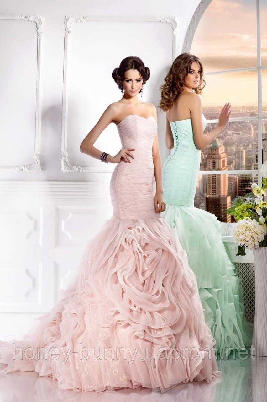 Прокат 3300 грн. Свадебное платье со шлейфом «Царство Розы»