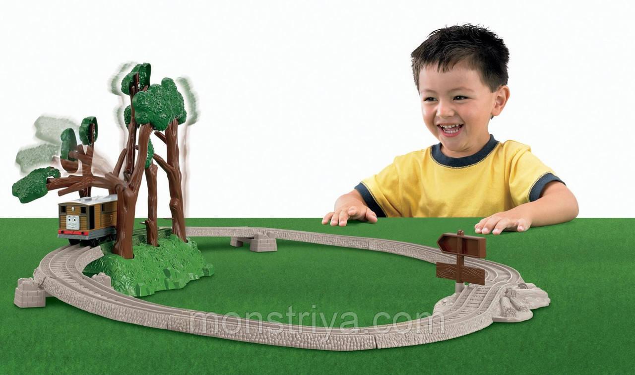 "Fisher Price Thomas and Friends из серии Trackmaster ""Тоби и свистящие деревья""."