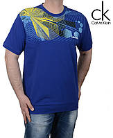 Стильная модная мужская футболка.