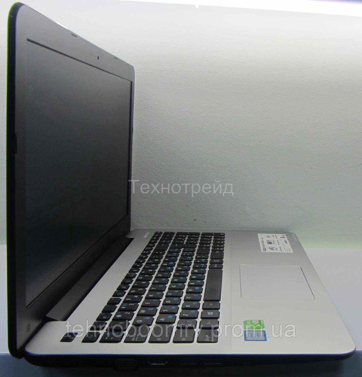 Asus R556U - Intel i7-6500U 3.1GHz/DDR3 8GB/nVidia GT 940M 2GB 2