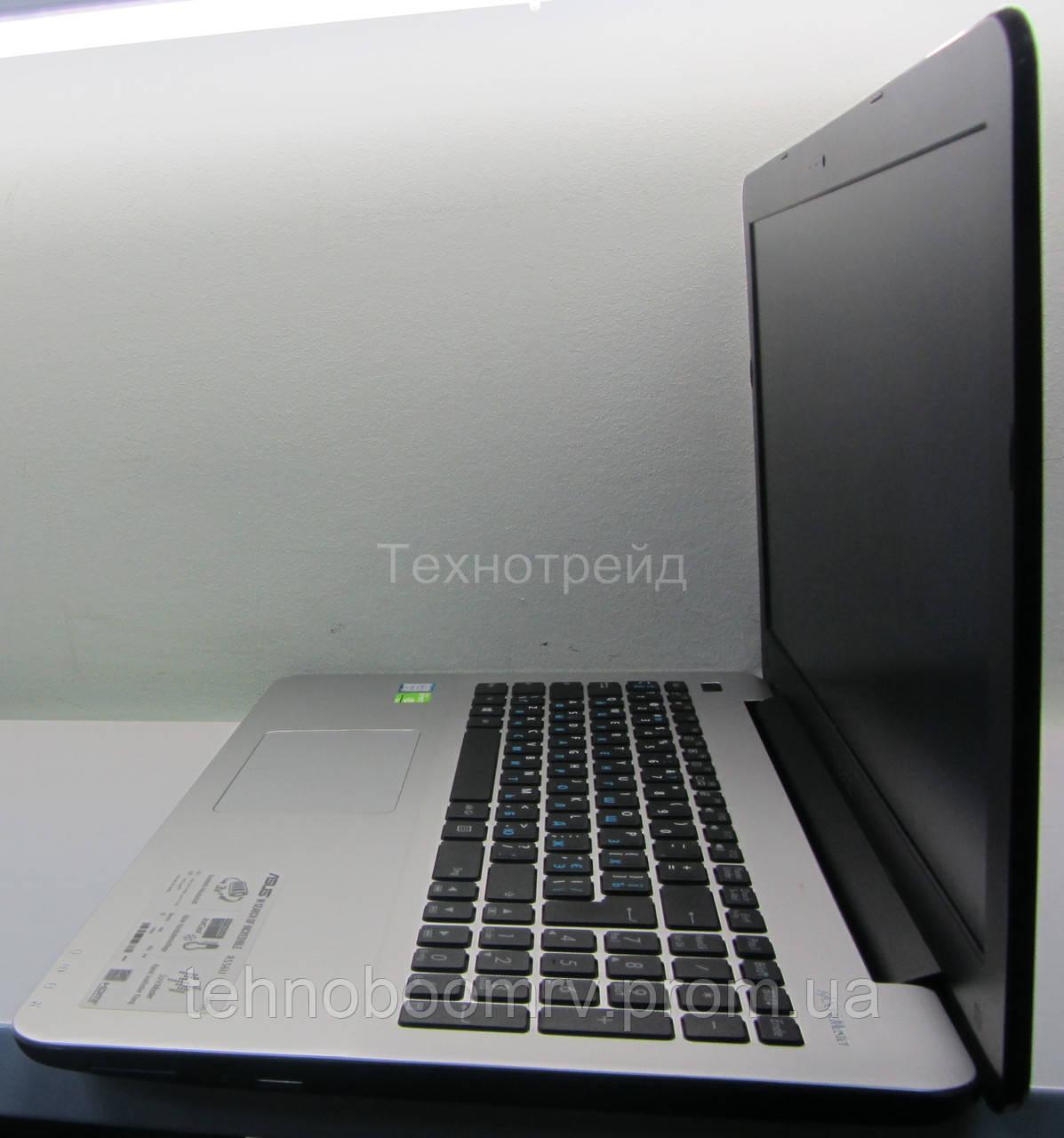 Asus R556U - Intel i7-6500U 3.1GHz/DDR3 8GB/nVidia GT 940M 2GB 4