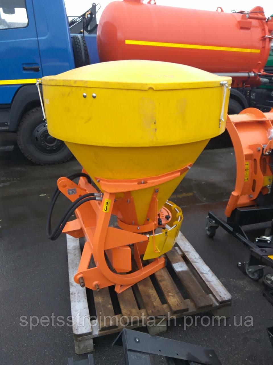 Пескоразбрасыватель навесной PS-250M (Польша, завод Pronar)