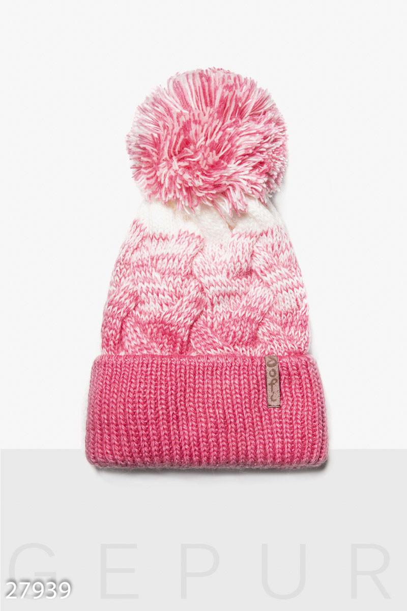 Яркая зимняя шапка