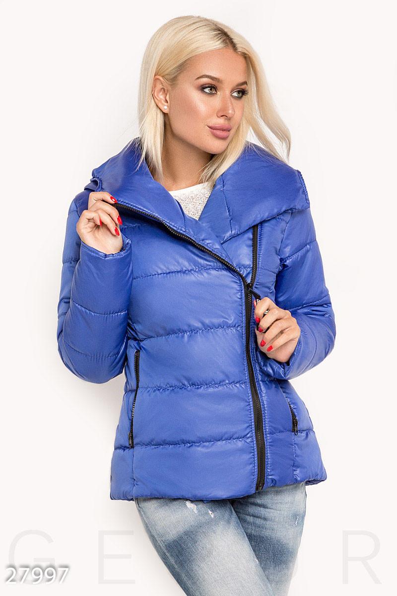 Короткая теплая куртка