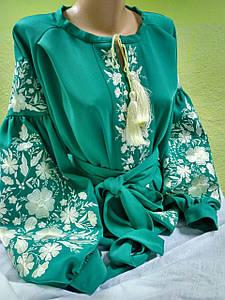 """Зеленая блузка с вышивкой """"Нежность"""""""