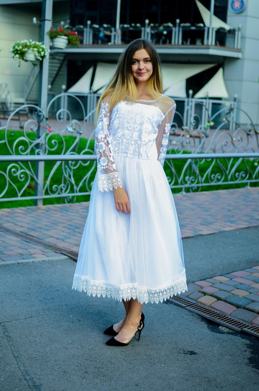 Платье для невесты с вышивкой