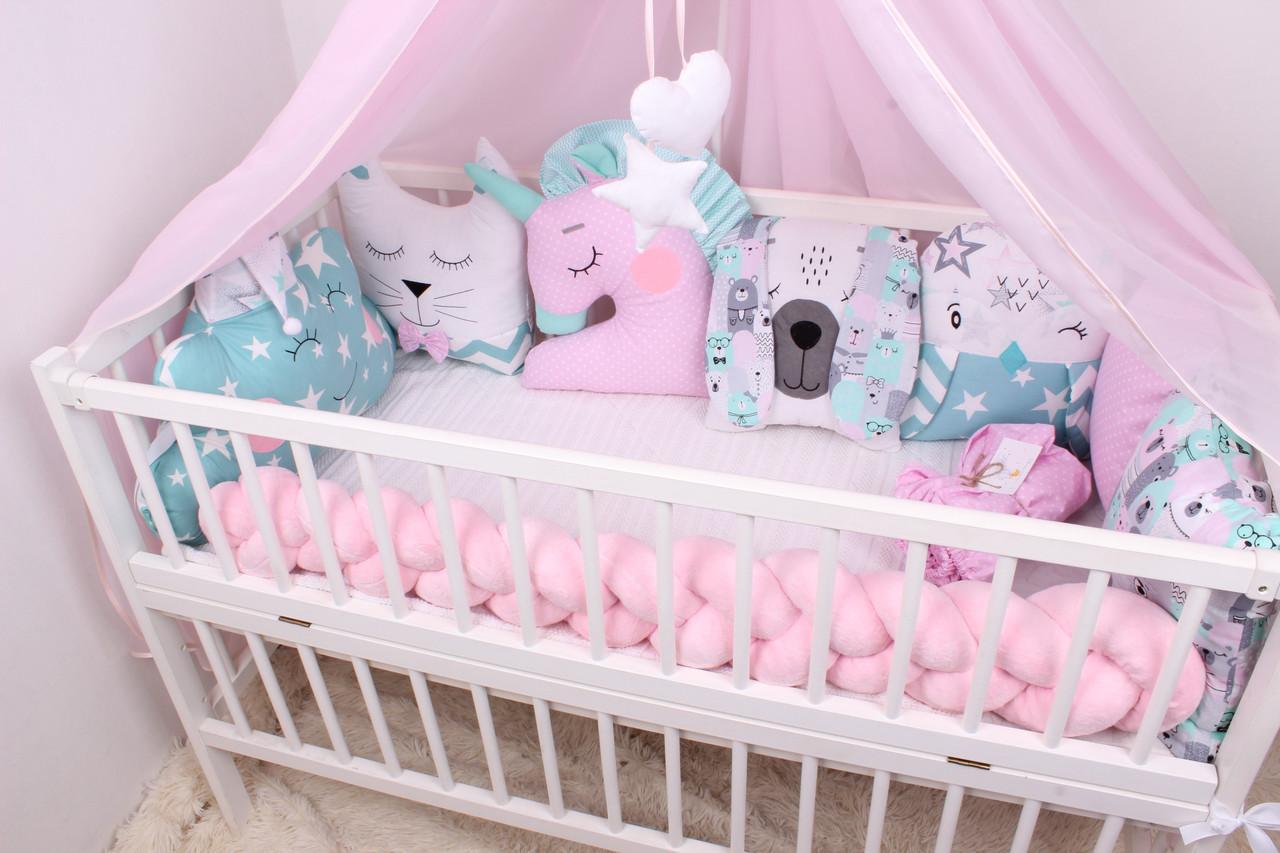 Комплект в кроватку с зверюшками, облачками и косичкой розово-мятные