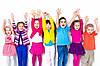 Играет ли роль цвет детской одежды для ребенка?