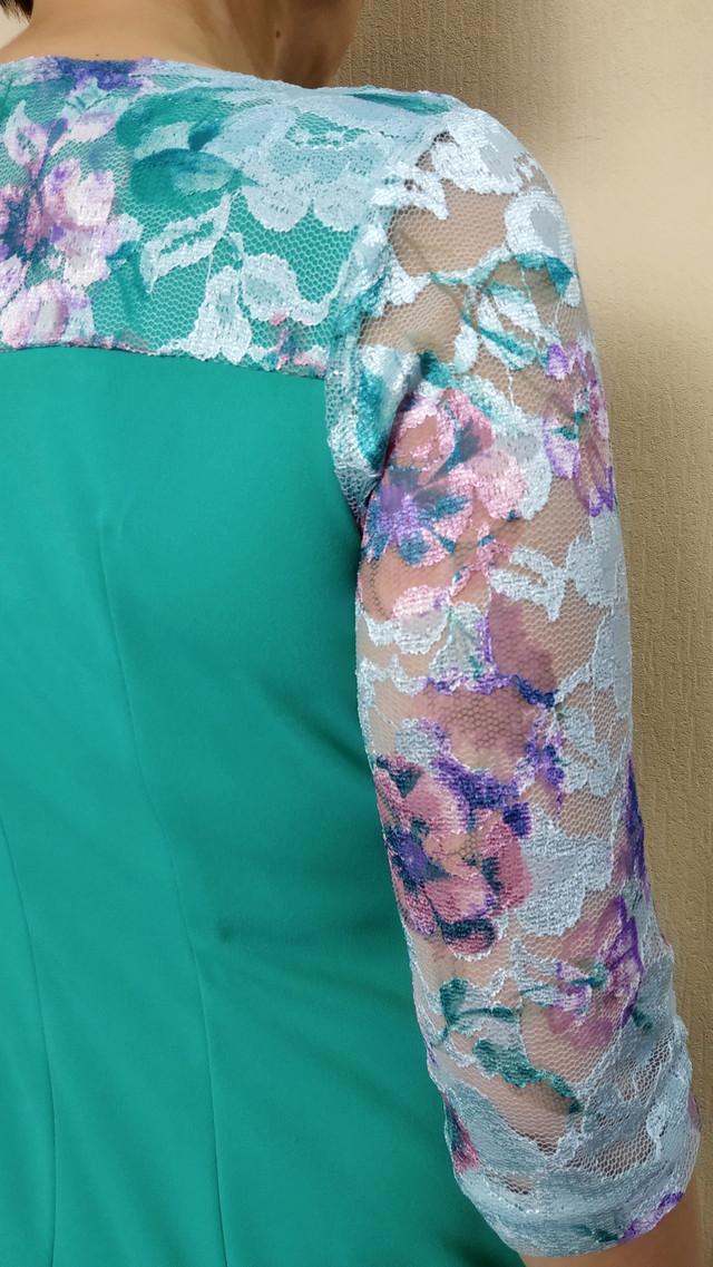 Бирюзовое нарядное платье с гипюром П01