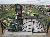 Памятники гранитные в Одессе с установкой