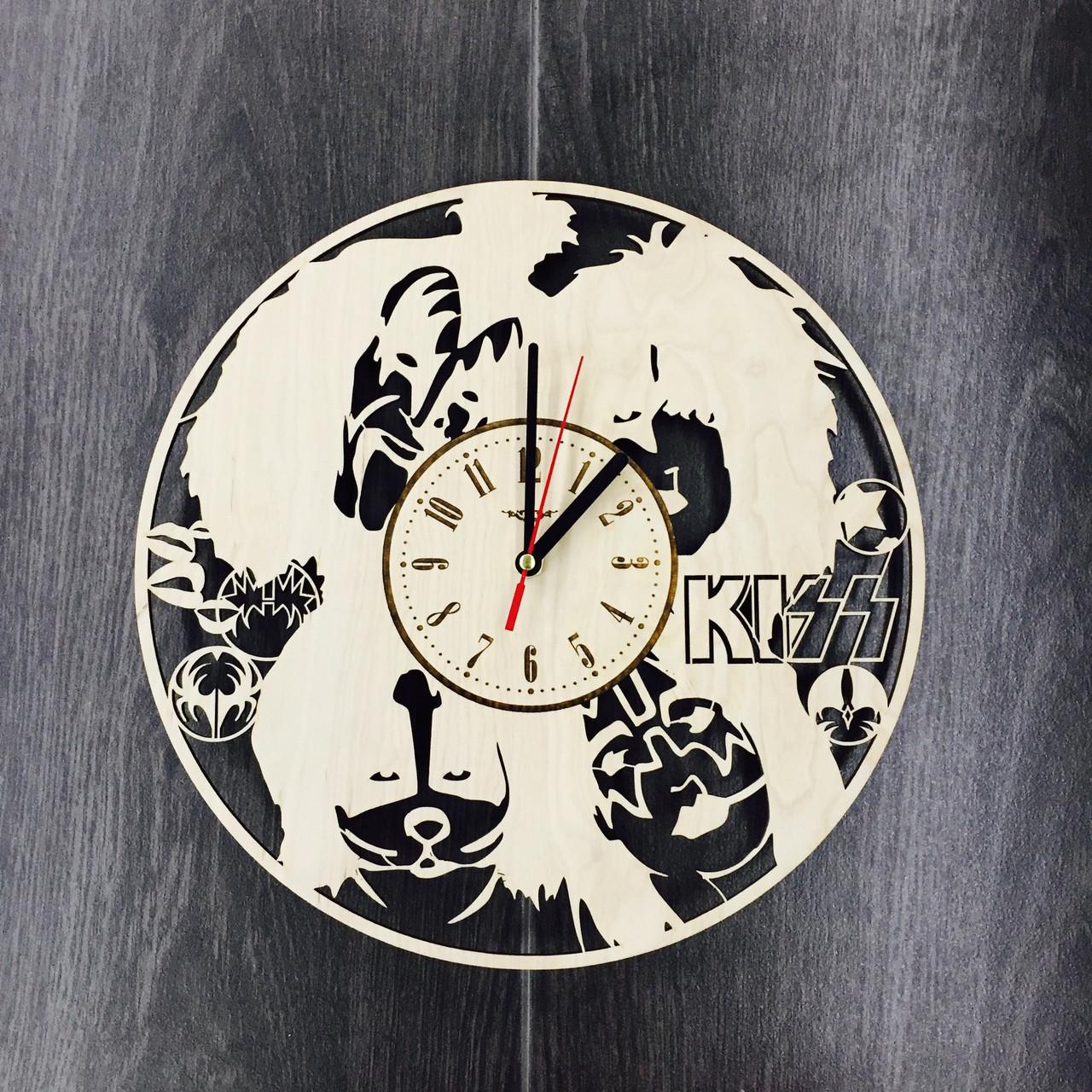 Арт часы настенные из дерева 7Arts KISS CL-0052