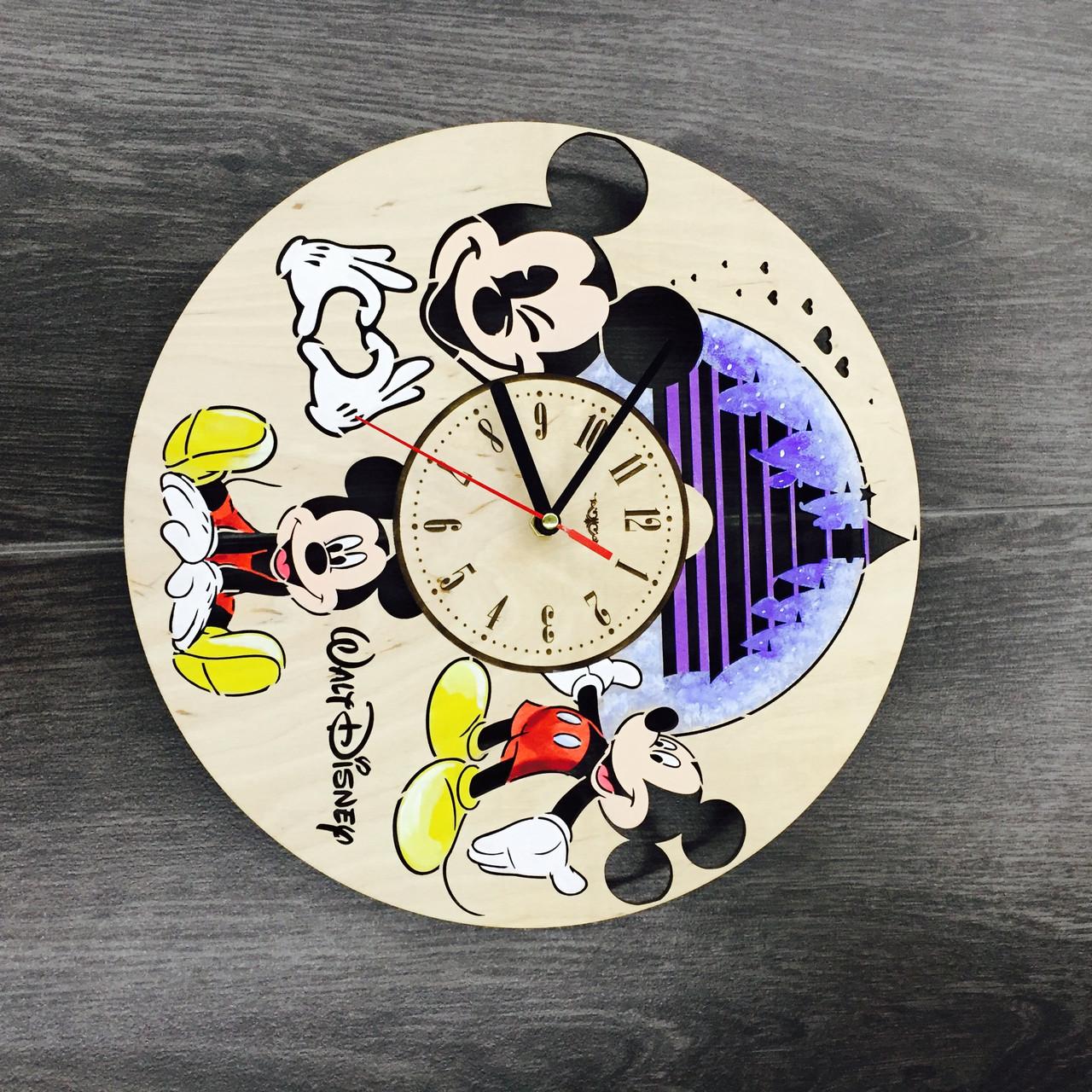Handmade часы настенные цветные 7Arts Уолт Дисней CL-0071