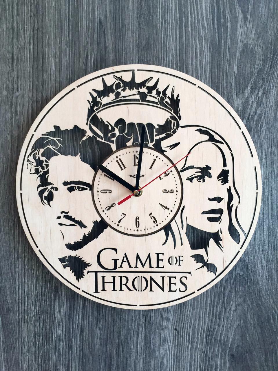 Концептуальные деревянные часы 7Arts Игра престолов CL-0137