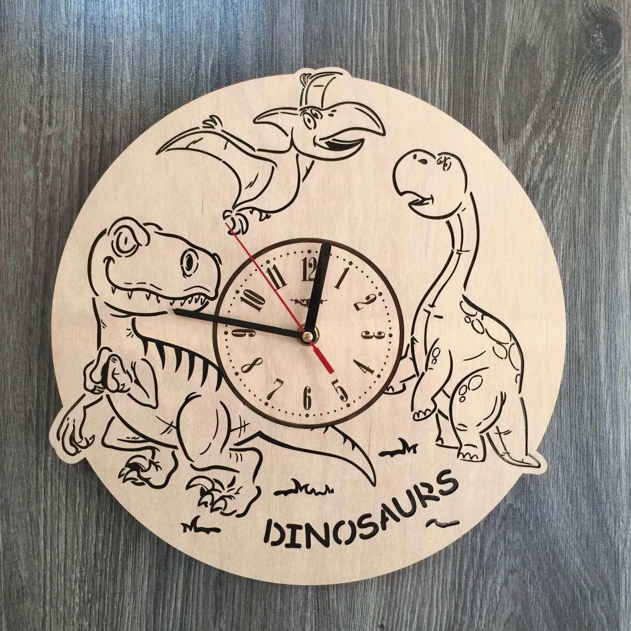 Детские дизайнерские часы из дерева 7Arts Динозавры CL-0156