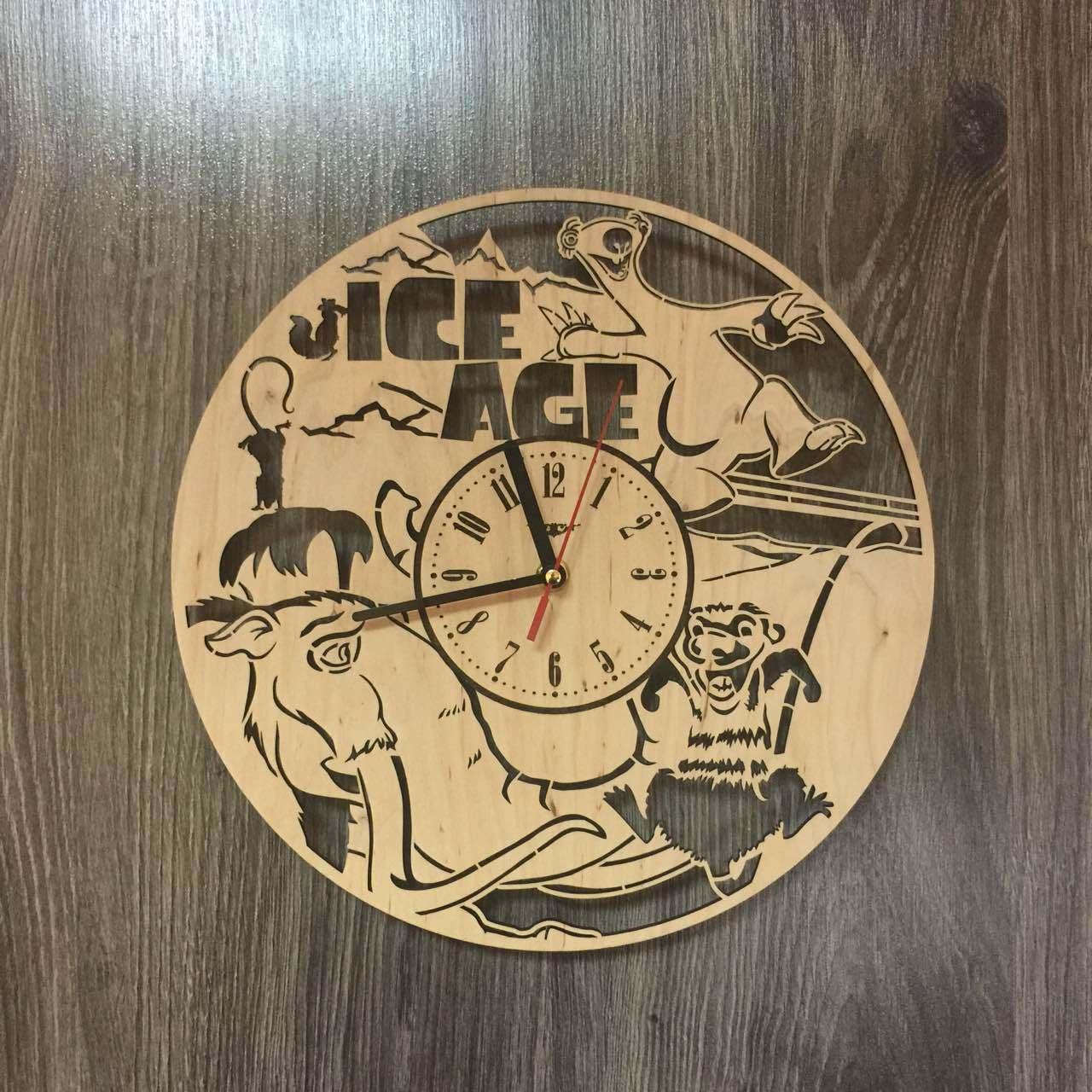 Часы деревянные детские 7Arts Ледниковый период CL-0186