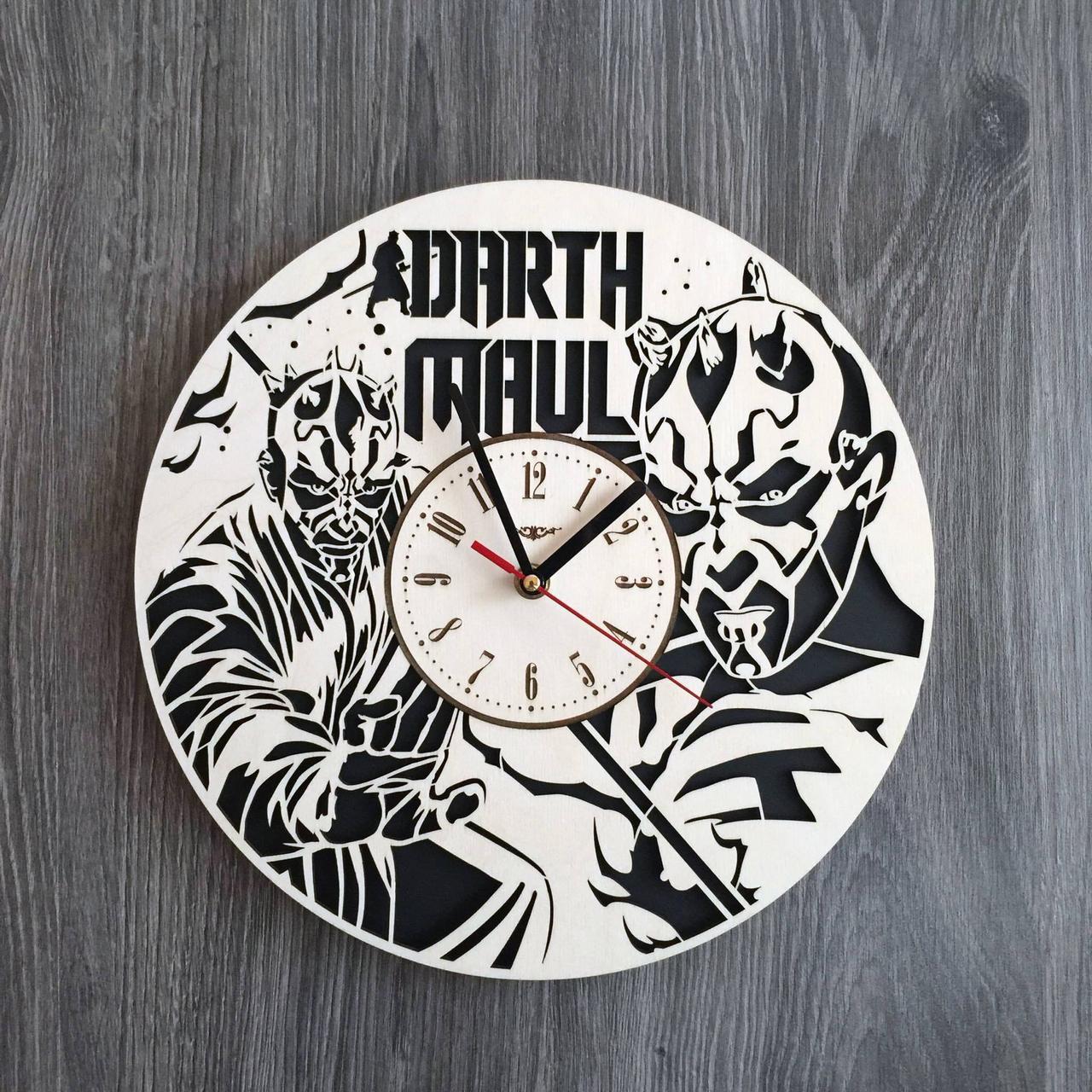 Тематические часы из дерева на стену Дарт Мол CL-0209