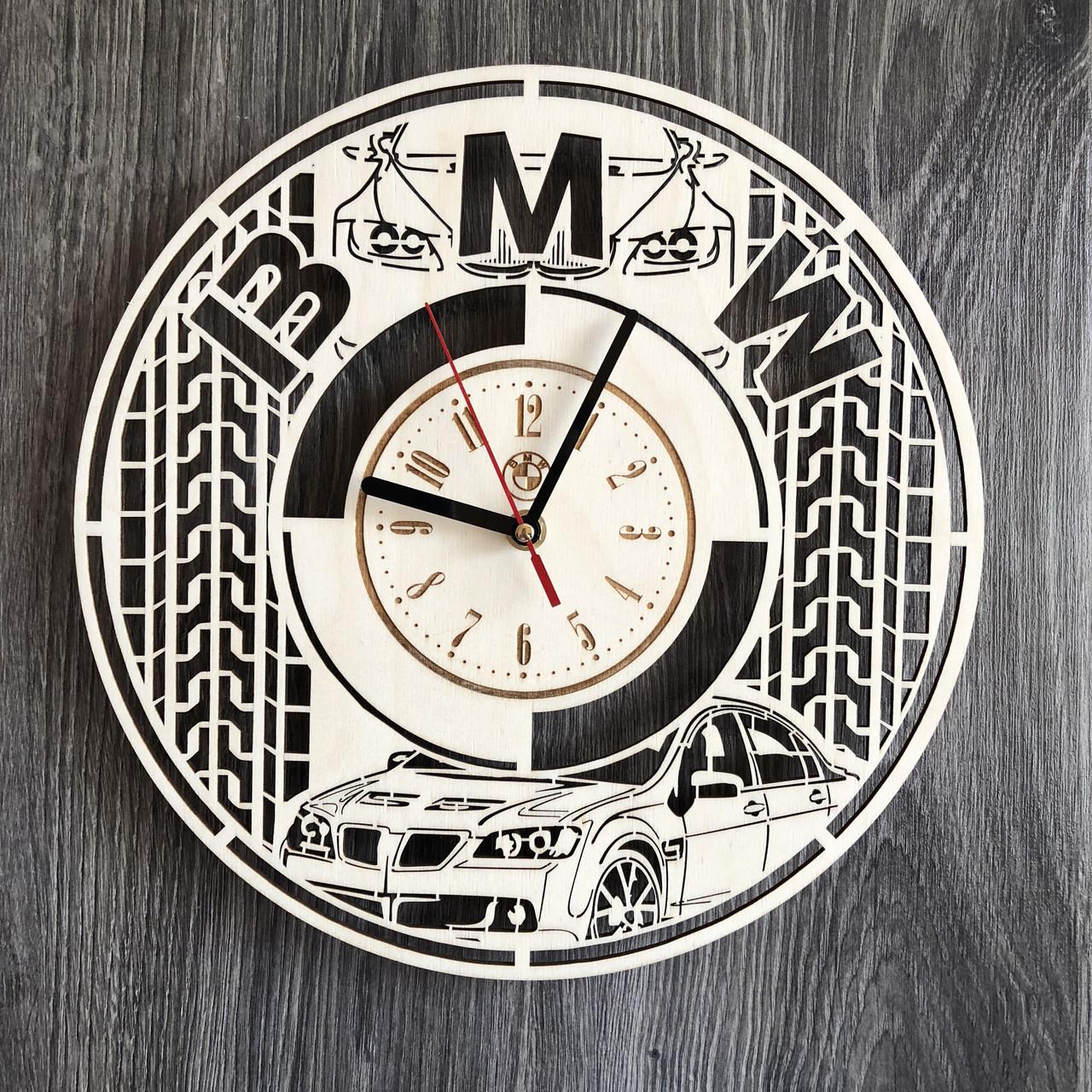 Стильные часы из дерева настенные BMW CL-0246
