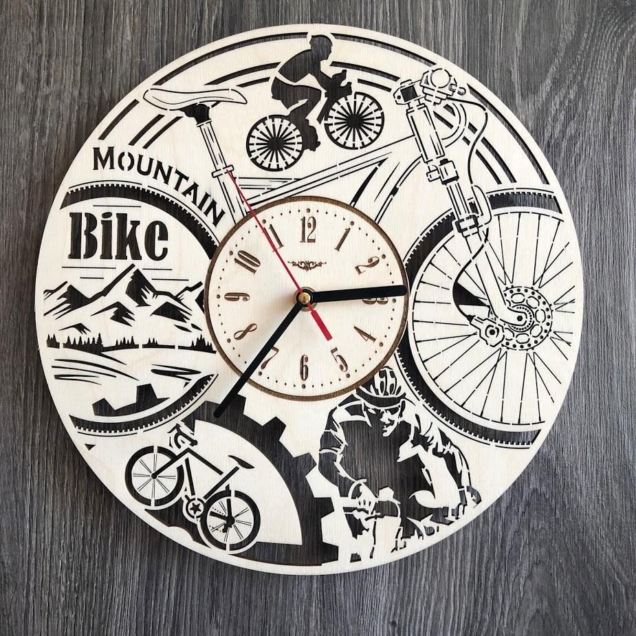 Круглые часы из дерева на стену Велосипед CL-0276