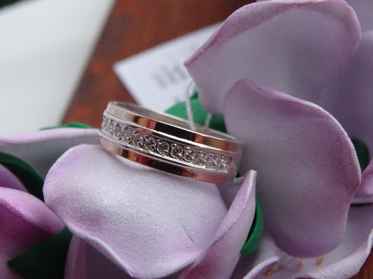 Серебряное обручальное кольцо с золотой пластиной