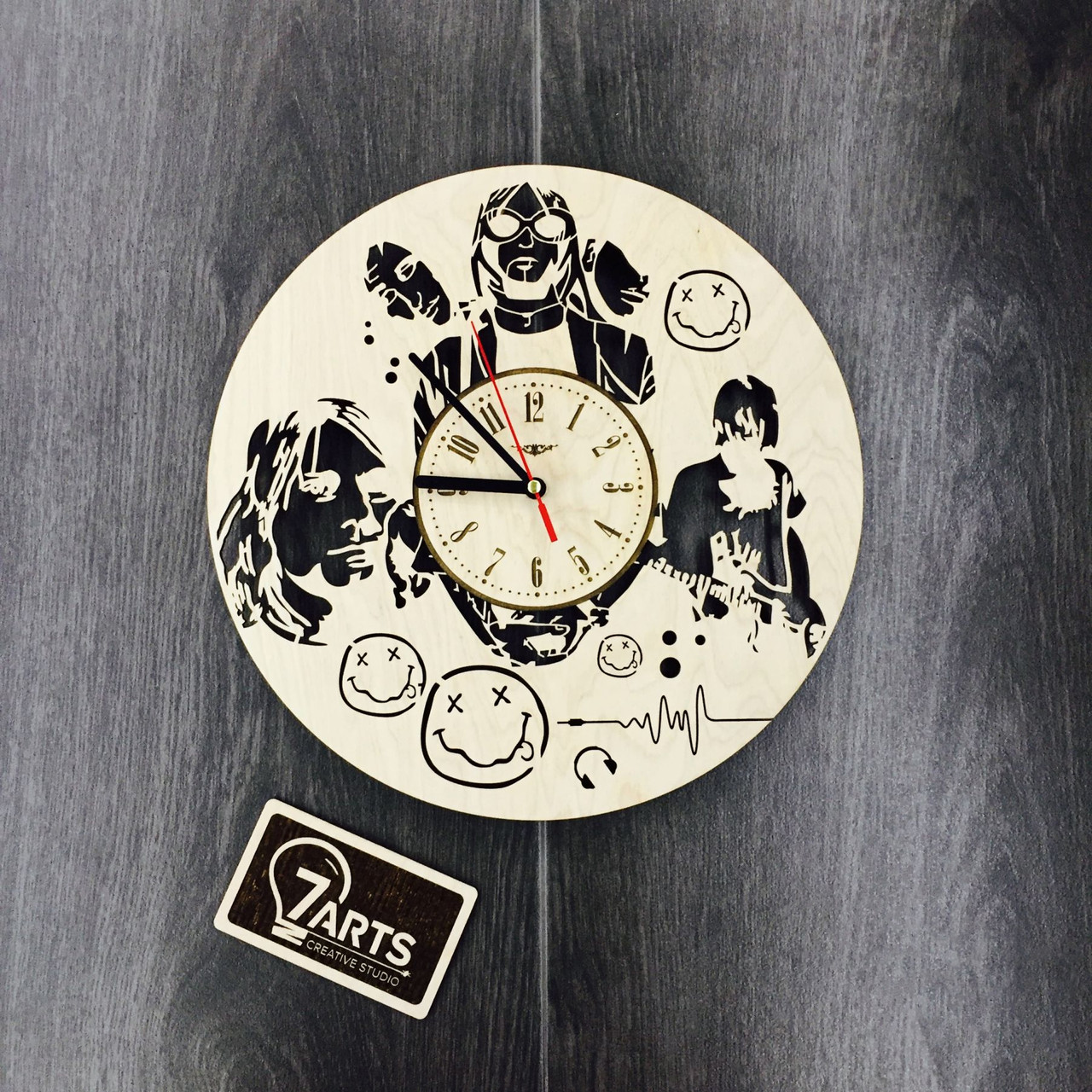 Часы оригинальные из дерева 7Arts Нирвана CL-0080