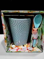 Чашка с ложкой в коробке