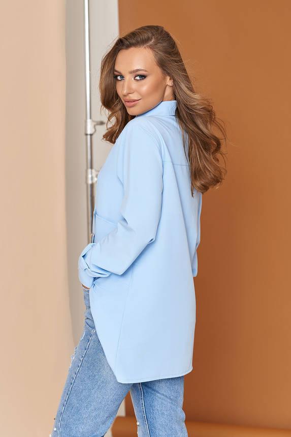 Стильная женская удлиненная рубашка туника голубая, фото 2