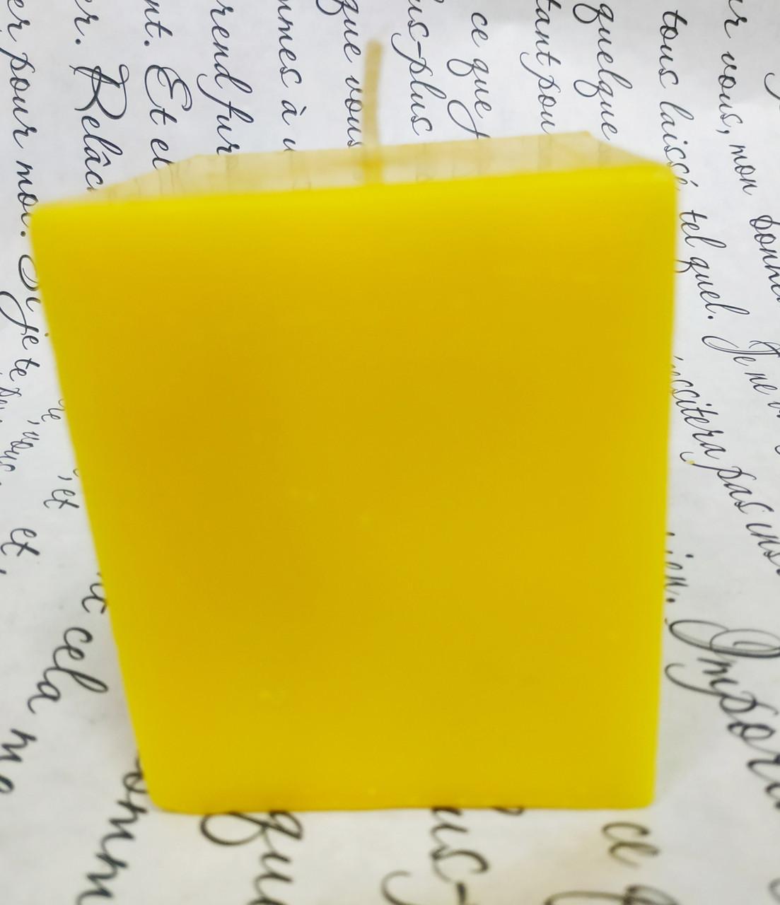 СВЕЧА куб жёлтая 5см*5см. Высота 6см