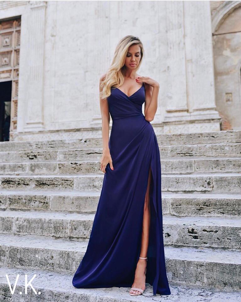 Вечернее платье в пол синего цвета 42-44р