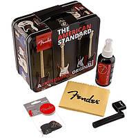 Fender Special Edition Tin Guitar Care Polish, 12 Picks, Stringwinder