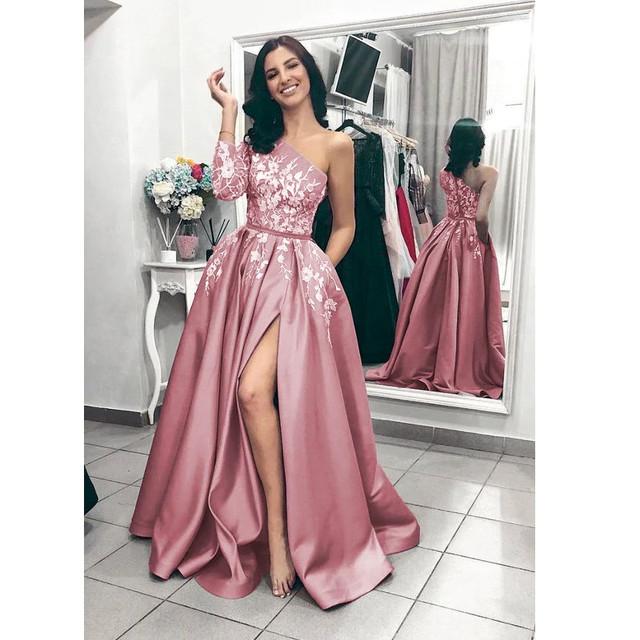 b8a1f681350 Шикарное Вечернее платье атласное. Атласное платье на выпускной ...