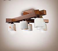 Люстра деревянная потолочная
