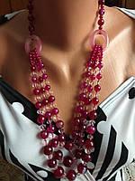 Красивое модное ожерелье из натуральных камней, халцедон.
