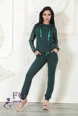 """Модный женский костюм """"Mystery"""" с кожаными вставками: толстовка с капюшоном и штаны на манжетах зеленый, фото 2"""