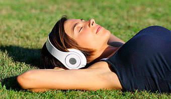 Як вибрати бездротові навушники для телефону і не тільки