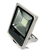 Светодиодный LED прожектор 30w  со встроенным датчиком движения Slim SMD 5730, 6000k IP65