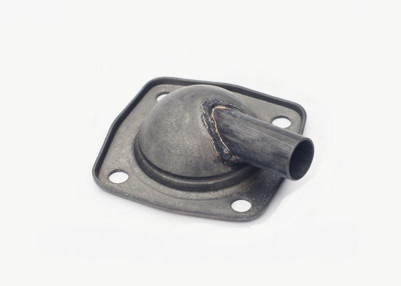Корпус сапуна крышки клапанов Д-240 МТЗ-80 с трубкой - 240-1002430-Г