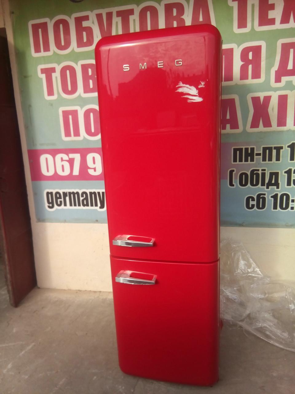 Двухкамерный холодильник Smeg FAB 32 RRN1