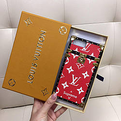 Чехол для iPhone 7Plus (7+) Louis Vuitton бампер силикон кожа красная классика