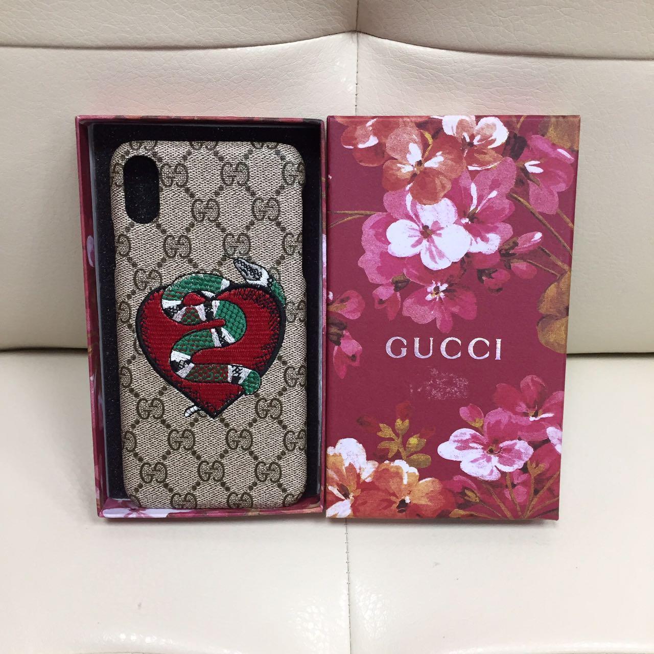 Брендовый Gucci для iPhone XR Сердце