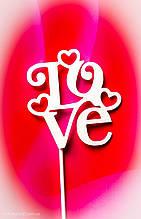 Топпер Love на палочке, на день влюбленных, в торт