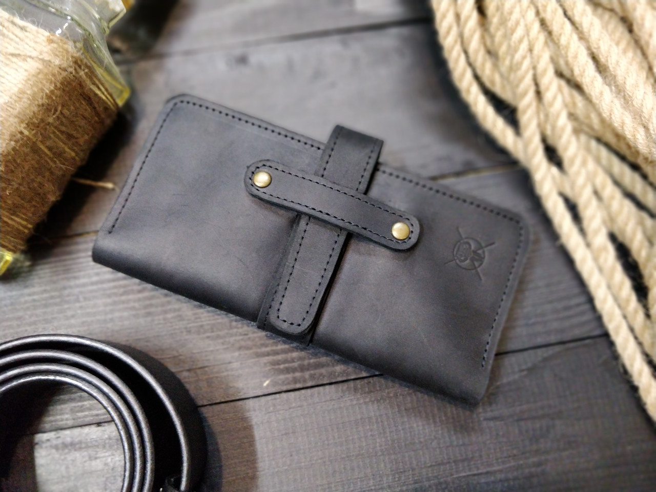 Мужское черное портмоне на застежке ТУР