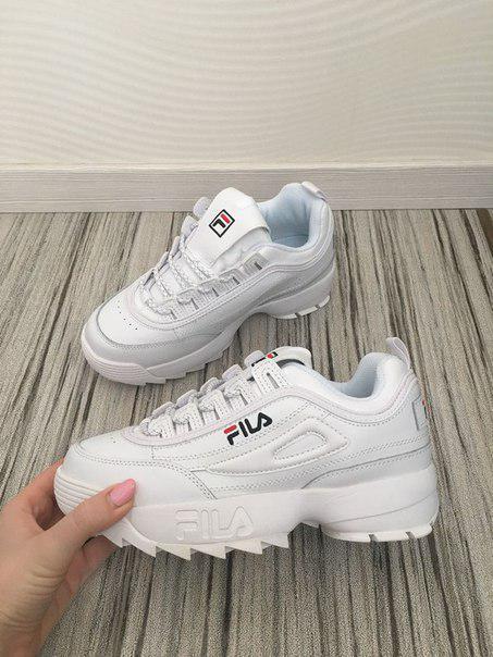 Кроссовки белые женские Фила Дизраптор 2 (Fila Disruptor 2) размер 36, 37, 38, 39,40 реплика