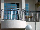 Перила нержавеющие с вертикальными прутами, фото 3