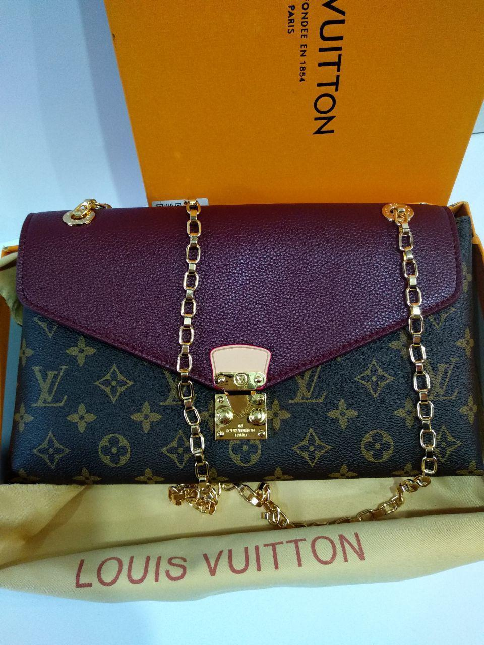 Женская Кожаная Сумка в Стиле Louis Vuitton Луи Виттон — в Категории ... a0e41c1253f78